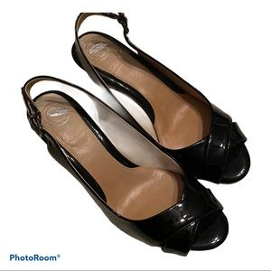 Nurture patent leather sling back cushioned heels